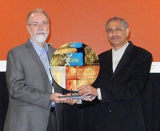 Bill Read receives Leadership Award at DAC 2015