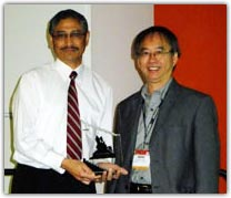 Shishpal Rawat receives Tensington Norgay award on behalf of Accellera Systems Initiative